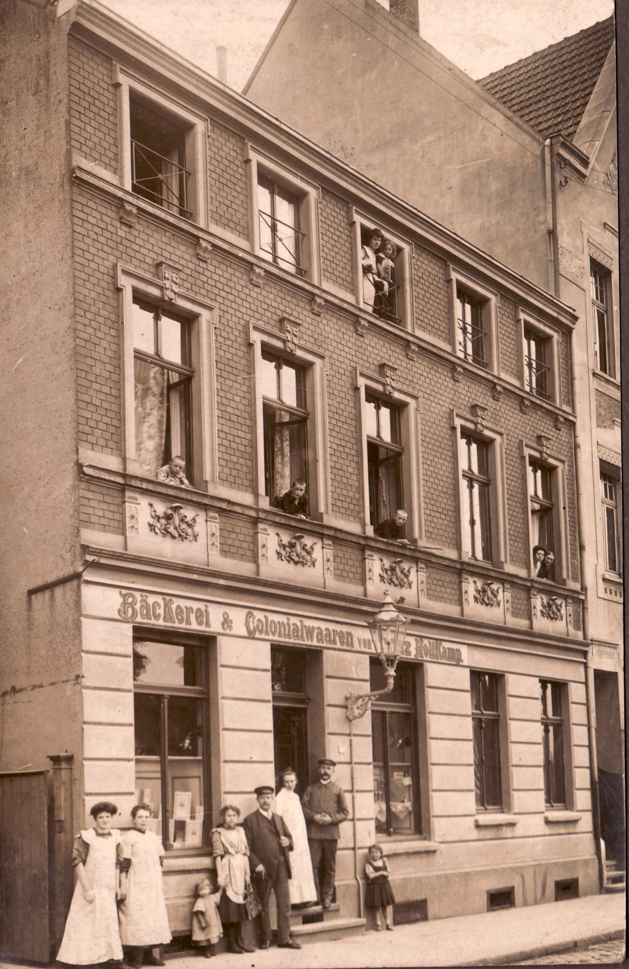 1914 Hauptgeschäft Elisabeth, Franz (Ladeneingang)