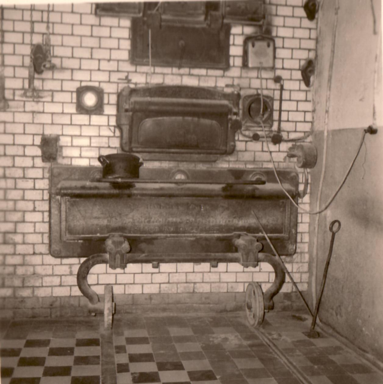1922 Backstubenofen