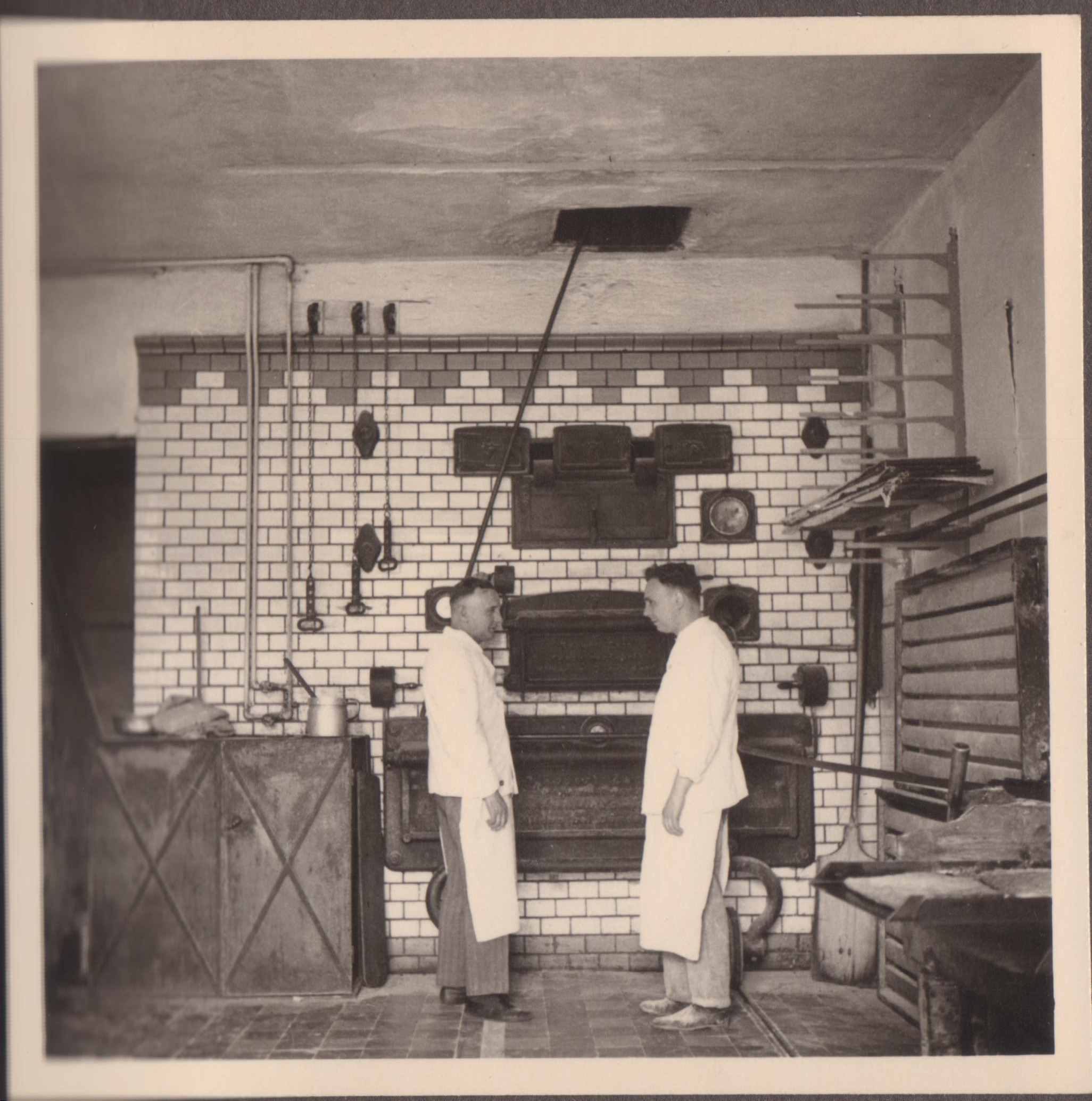1930 Backstubenofen